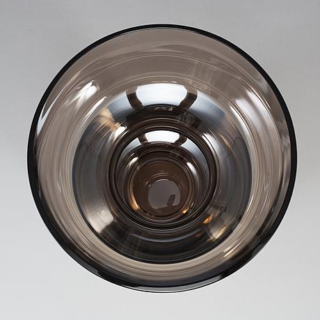 Martti rytkÖnen, an 'atlas 2' glass vase for orrefors limited, sweden, 2006, signed and numbered 85-100.