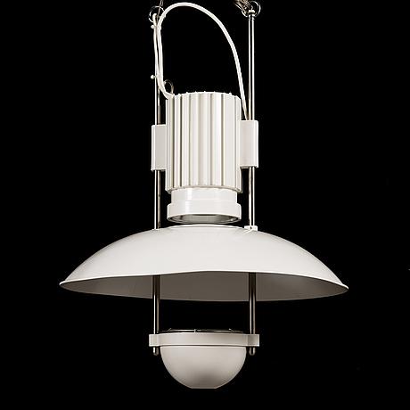 Louis poulsen, an 'airport pendel' light designed in 1991 for munichs airport.