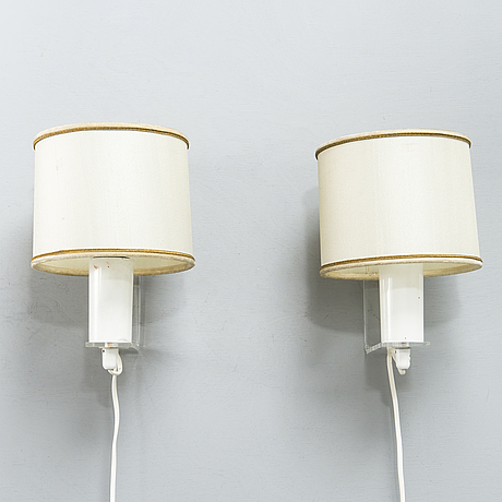Lisa johansson-pape, a pair of mid-20th century '54-425' wall light for stockmann orno.