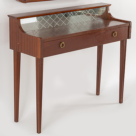 A mirror and table, glas & trä, hovmantorp, 1950s.