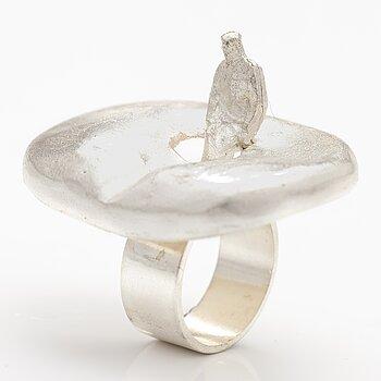 """BJÖRN WECKSTRÖM, A sterling silver ring """"Brukka's pond"""". Lapponia 1969."""