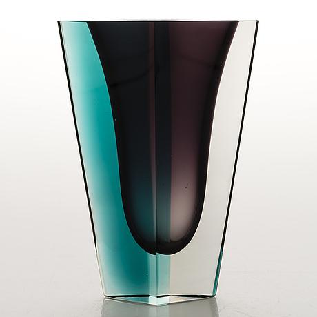 Kaj franck, a vase, signed k. franck nuutajärvi notsjö -60.
