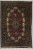 Matta, old orientalisk, ca 192-197 x 133-136 cm.