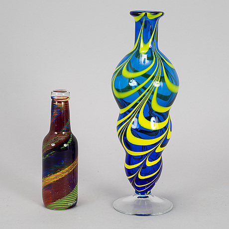 A glass vase and a sculpture, orrefors and kosta boda.