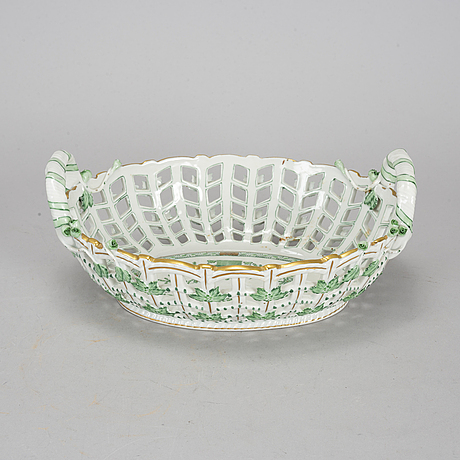 An *indian basket' chestnut bowl, herend, 20th century.
