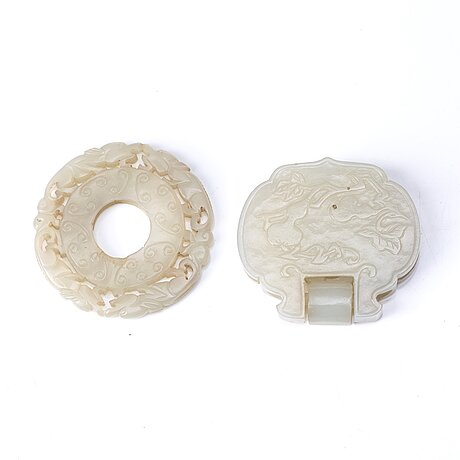 Two chinese sculpured nephrite objects, qing dynasty.