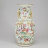 A famille rose vase, canton, qing dynasty, 19th century.