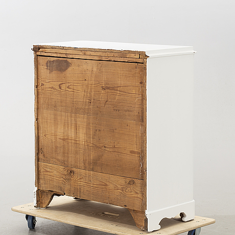A late 19th century commode.