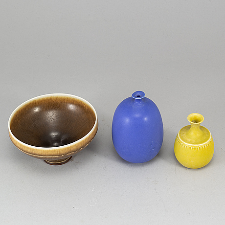 Two stoneware vases and a bowl.