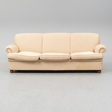 Josef frank, model 703 sofa, firma svenskt tenn.