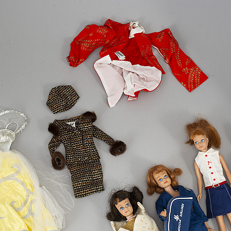 A set of three barbiedolls with accessories, mattel 1960's.