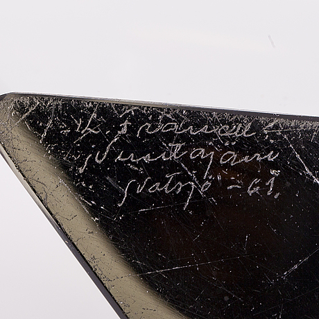 Kaj franck, a 'prism' vase, signed k. franck nuutajärvi notsjö -61.