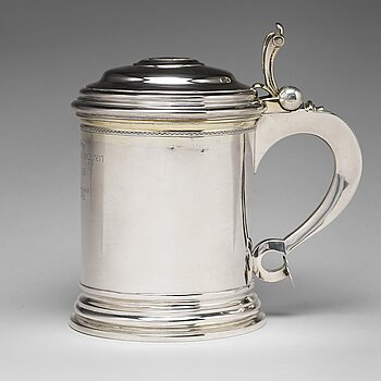 121. A Swedish 18th century parcel-gilt silver tankard, mark of Niclas Warneck, Karlstad 1766.