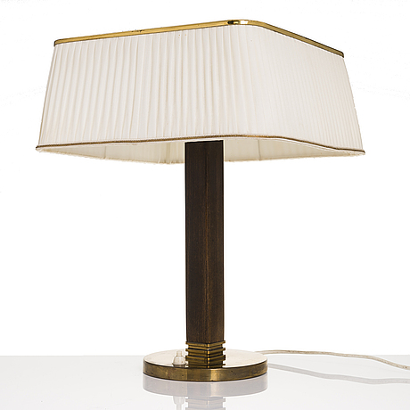 Paavo tynell, a mid 20th century '5066' desk lamp for taito oy, finland.