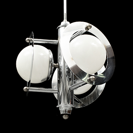 An art deco-stuyle ceiling lamp, later part of the 20th century.