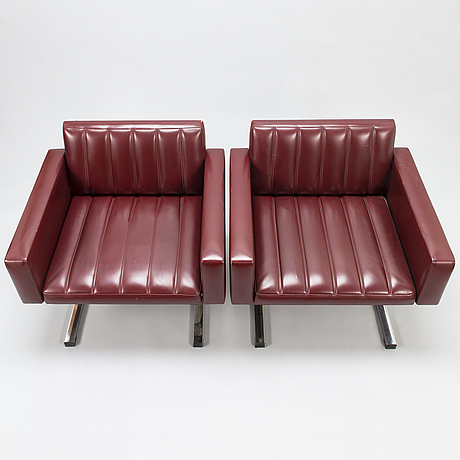 A 1960s sofa suite, presumably designed by esko pajamies, manufactured by merva, finland.