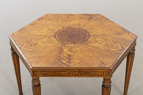 Bord, swedish modern,  hjalmar wikström möbelsnickare, stockholm 1920-tal.