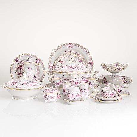 A 77-piece set of meissen 'indische malerei' porcelain tableware from the latter half of the 20th century.