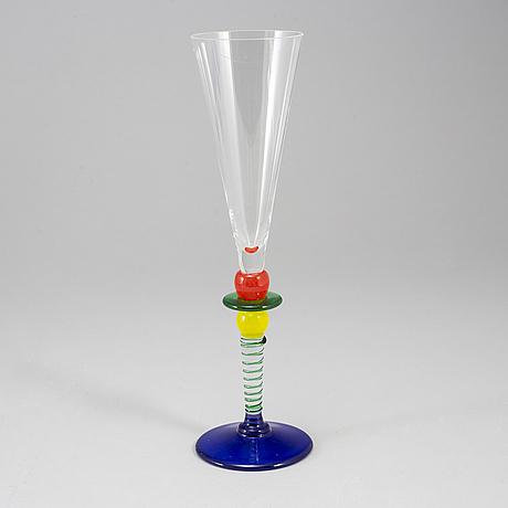 "Berit johansson, champagneglas, 11 st, ""harlequin"", gense, signerade."