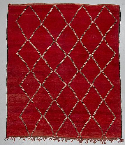 Matta old, beni mguild, marocko, sannolikt, ca 215 x 184 cm.