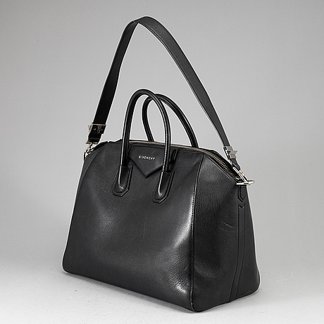 "Givenchy, ""antigona"", bag."