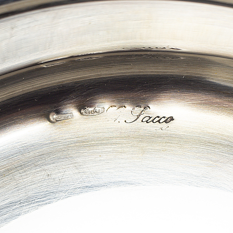 Ask med lock, 2 st, silver 800. 1900-talets andra hälft.
