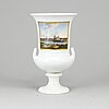A meissen porcelain urn from the 20th century.