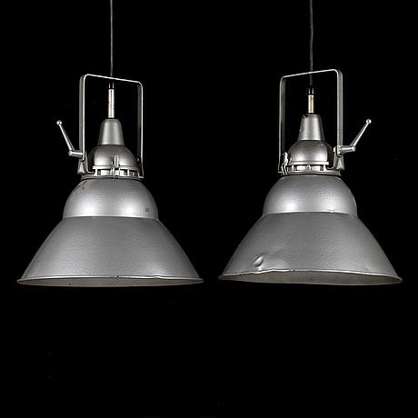 Industrilampor, ett par, lita, frankrike 1950-tal.