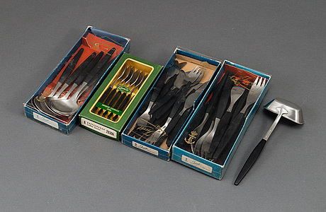 A 'folke arstrlm 'focus de luxe' steel cutlery, gense (45 pieces).