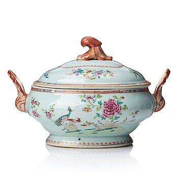 720. A famille rose 'double peacock' soup tureen, Qing dynasty, Qianlong (1736-95).