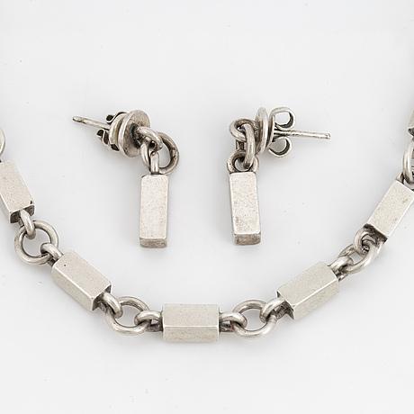 Wiwen nilsson, chain, including earrings.