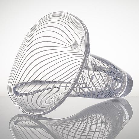"Kari alakoski, glasskulptur, ""bipolar"", signerad kari alakoski 2014. glas studio mafka & alakoski."