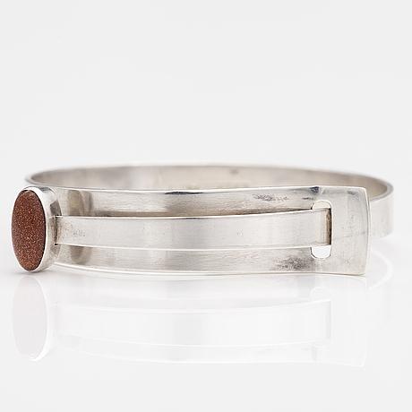 Elis kauppi, armband, silver, aventuringlas. kupittaan kulta, Åbo 1958.