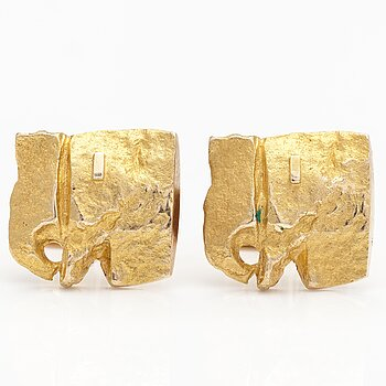 "BJÖRN WECKSTRÖM, A pair of 14K gold cufflinks ""Elephants"". Lapponia 1969."
