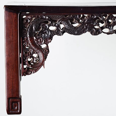 A chinese kang table, early 20th century.