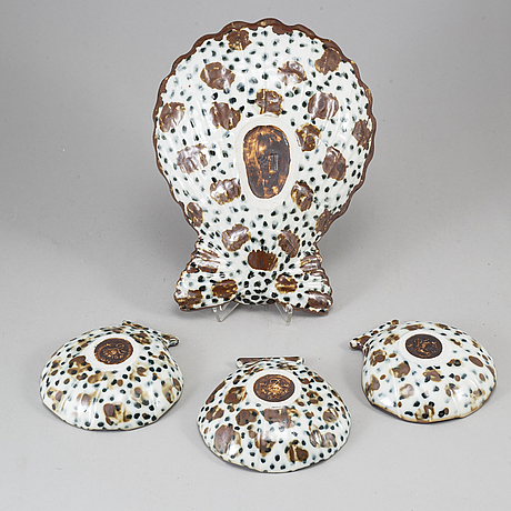 Gunnar nylund, four stoneware oyster dishes, rörstrand.