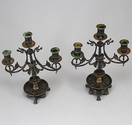 Kandelabrar, ett par, brons, 1800-talets senare del.