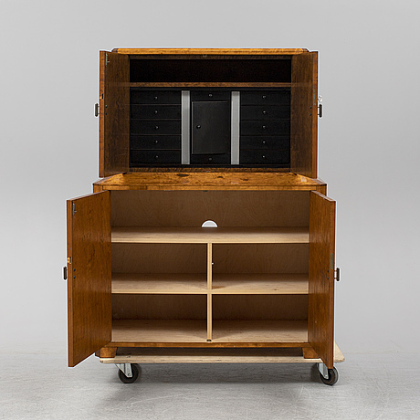 A 1930's/40's cabinet.