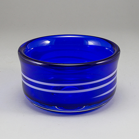 An erik höglund glass bowl, for strömbergshyttan, signed, dated 1991 and numbered 10/25.