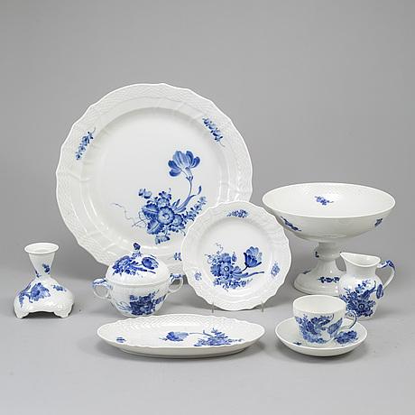 A 30 pcs porcelain coffee service from royal copenhagen.