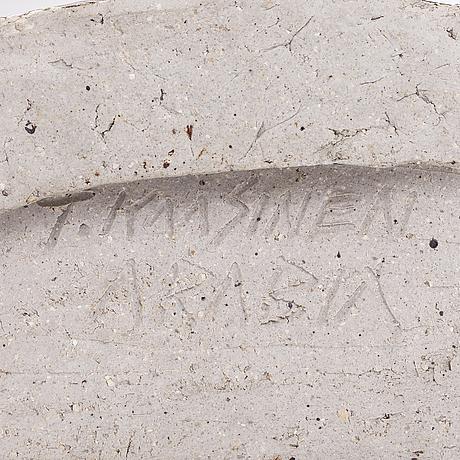 Taisto kaasinen, reliefi, kivitavaraa, signeerattu t. kaasinen.