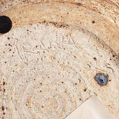 Kyllikki salmenhaara, a dish signed ks arabia.