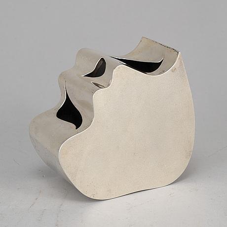 Kristian nilsson, a sterling silver vase, stockholm, 1978.