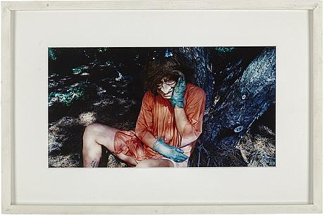 Cindy sherman, färgfotografi, 1986/1993, signerat och numrerat 183/200 a tergo.