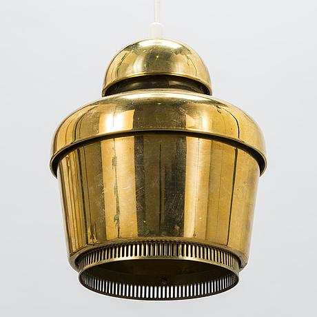 Alvar aalto, a '330' pendant light for valaistustyö.