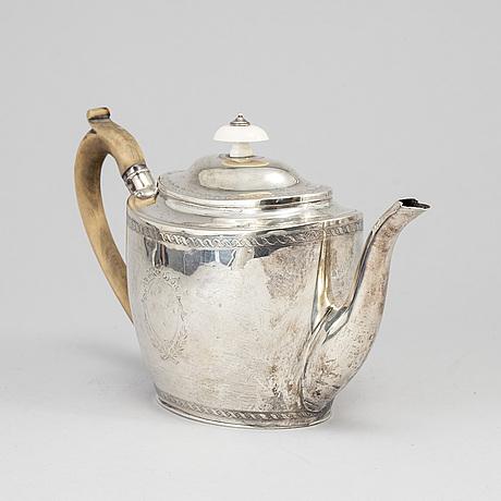 A georgian silver teapot, london, england, 1799.