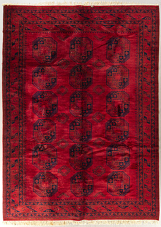 An old turkmen carpet ca 396 x 293 cm.