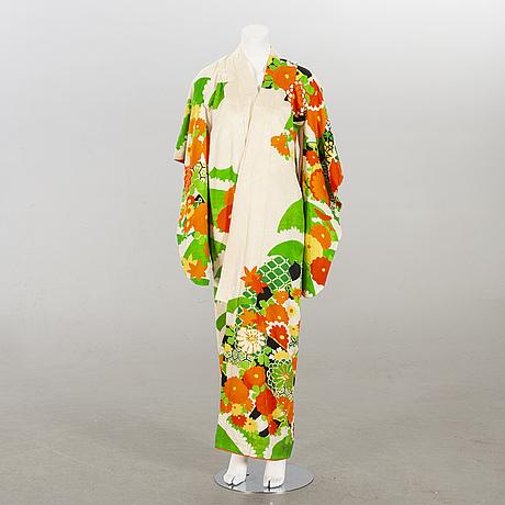 Kimono, japan 1900-talets andra hälft.