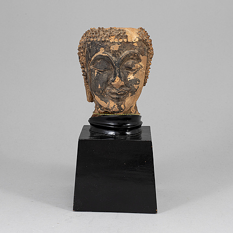 Scultpure of buddhas head, probably thailand, 19th century.