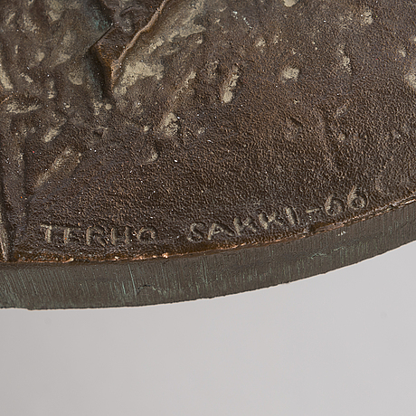 Terho sakki, relief, brons, signed and dated -66.
